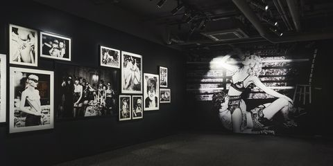 White, Black, Black-and-white, Monochrome, Monochrome photography, Snapshot, Art, Photography, Room, Architecture,