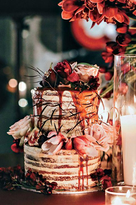 Centrepiece, Christmas, Present, Sweetness, Flower, Wedding ceremony supply, Floral design, Peach, Interior design, Food,