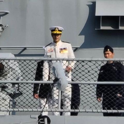 李敏鎬《永遠的君主》穿海軍制服再度帥爆