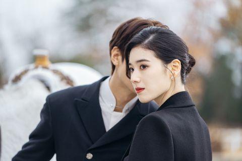 《永遠的君主》李敏鎬、鄭恩彩親密劇照釋出