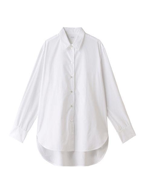 白シャツもビッグシルエットをマーク