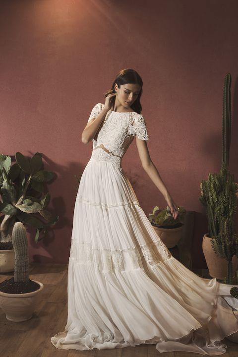 フェリーチェヴィータベリッシマの袖ありドレス