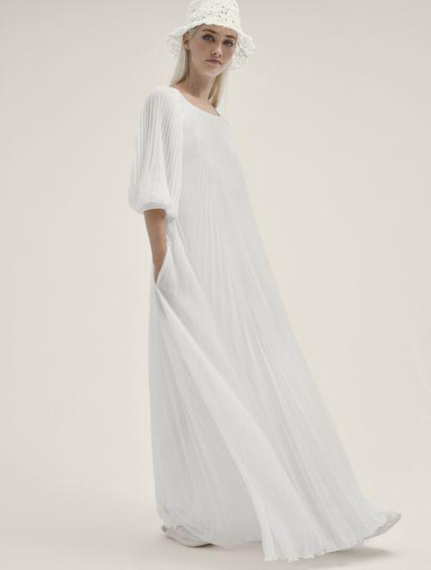 ドレスモア「ヨーラン・クリス」のドレス