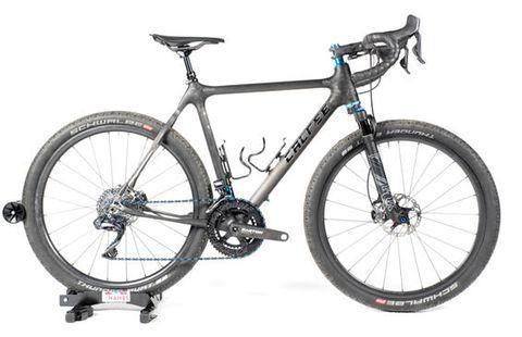 Land vehicle, Bicycle, Bicycle wheel, Bicycle frame, Bicycle part, Vehicle, Bicycle tire, Spoke, Bicycle stem, Hybrid bicycle,