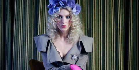 Pink, Curtain, Purple, Costume accessory, Hair accessory, Fashion accessory, Fashion, Dress, Knee, Headpiece,