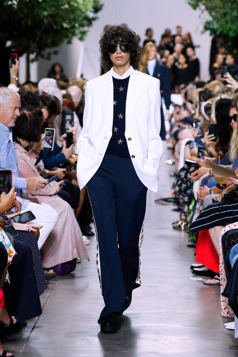 Fashion, Runway, White, Clothing, Street fashion, Fashion model, Suit, Haute couture, Fashion show, Blazer,