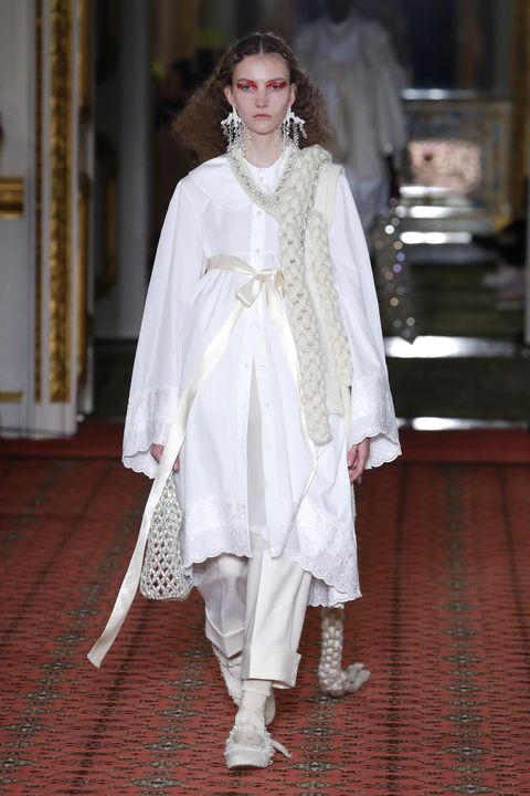 White, Clothing, Fashion, Outerwear, Dress, Fashion design, Costume, Tradition, Haute couture, Formal wear,