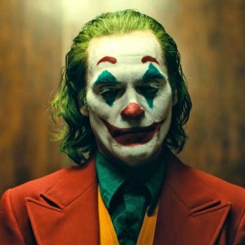 Joaquin Phoenix Joker Movie Plot Details Todd Phillips Is