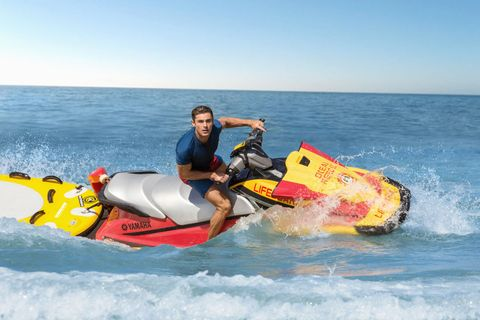 Water transportation, Jet ski, Boating, Vehicle, Personal water craft, Outdoor recreation, Recreation, Fun, Water sport, Inflatable,