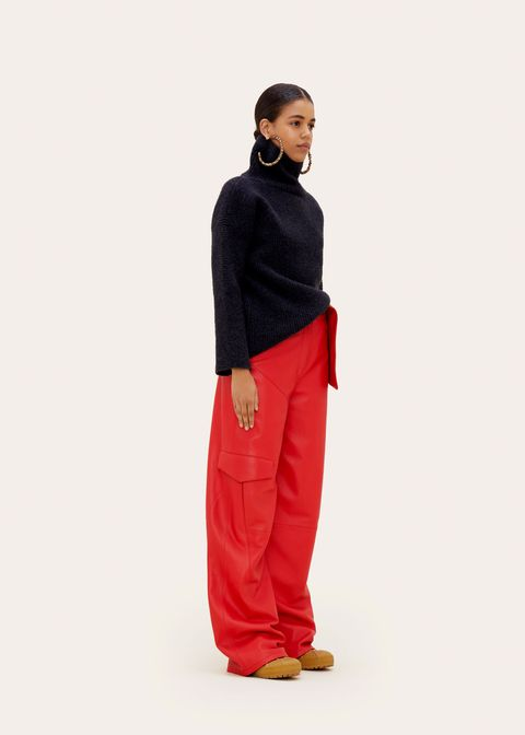 Clothing, Sportswear, Red, sweatpant, Standing, Active pants, Trousers, Maroon, Pocket, Waist,