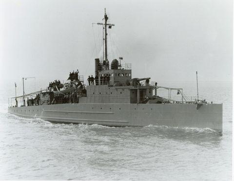Vehicle, Naval ship, Warship, Ship, Boat, Destroyer, Watercraft, Heavy cruiser, Destroyer escort, Coastal defence ship,