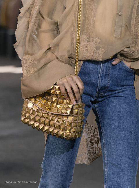 Brown, Denim, Trousers, Textile, Jeans, Outerwear, Bag, Style, Pocket, Khaki,