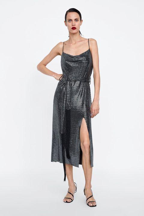 7a523c4c3c Zara saca una colección de vestidos  brillibrilli  ideales- Ficha tu ...
