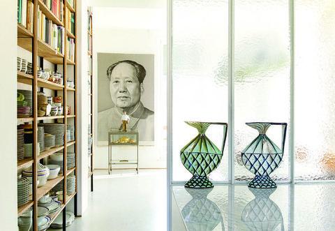 Shelf, Shelving, Glass, Interior design, Collection, Visual arts, Transparent material, Bookcase,