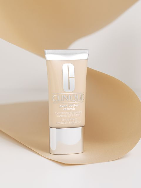 Product, Skin, Beige, Beauty, Water, Skin care, Cream, Material property, Hand, Liquid,