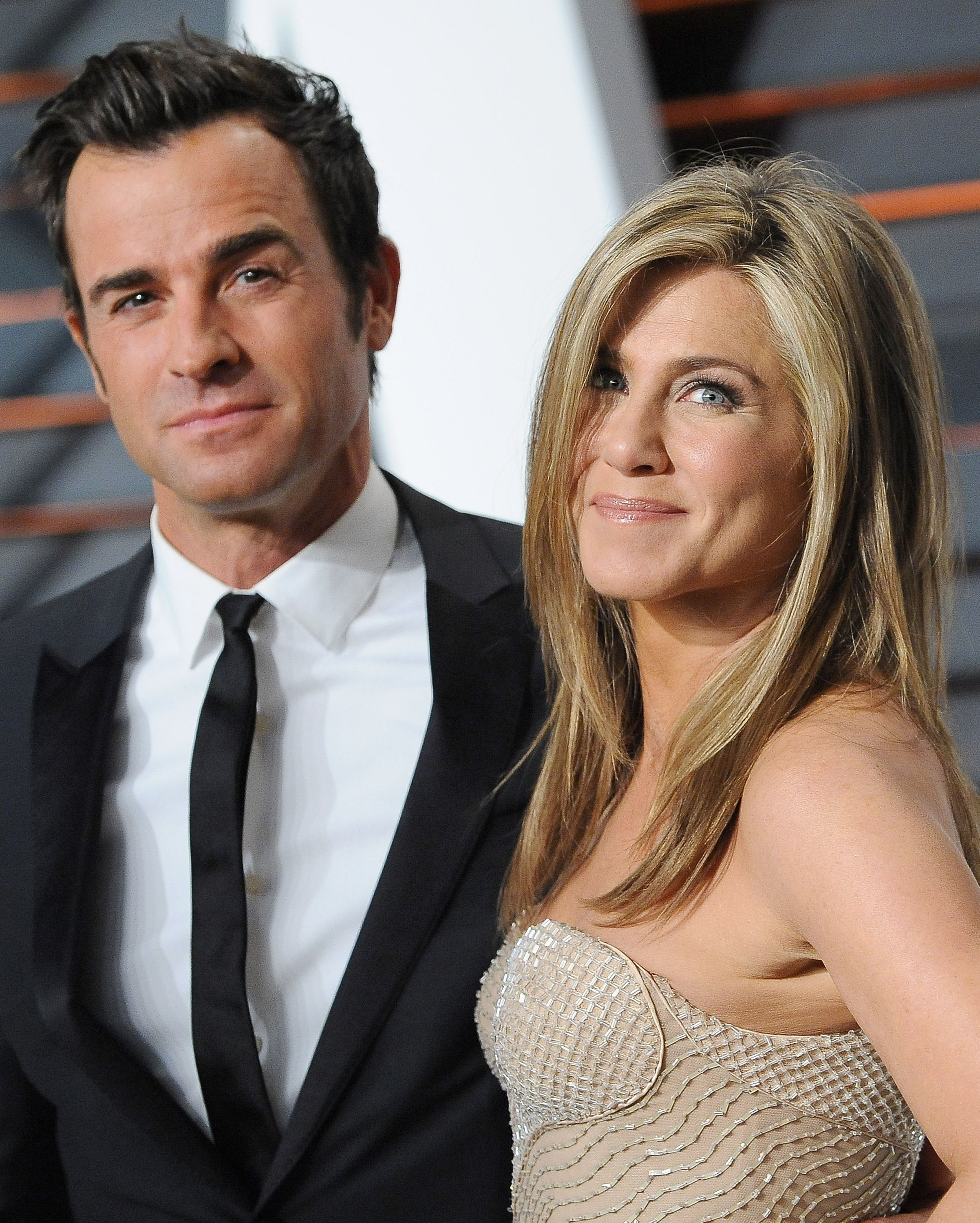 Jennifer Aniston and Justin Theroux The details here are a little murky but the actors definitely met in 2007 via Tropic Thunder, which Theroux co-write, either through mutual friends Robert Downey Jr. or Ben Stiller , though they didn't start dating then. Aniston and Theroux reconnected in 2010 and had a long love affair before calling it quits in early 2018 after two years of marriage.