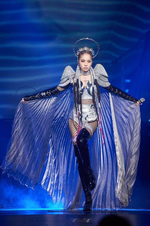 蔡依林「ugly beauty演唱會」台北加演版全新造型盤點!jolin全新開場銀色戰袍等造型耗資400萬打造