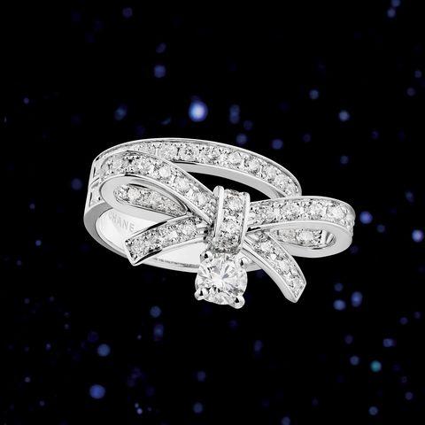 星座石 牡羊座 ダイヤモンド リュバン シャネル 鏡リュウジ