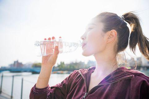 水喝多容易水腫?