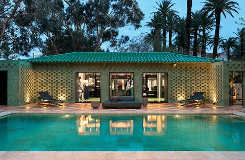 Property, Swimming pool, House, Building, Home, Leisure, Real estate, Architecture, Resort, Tree,