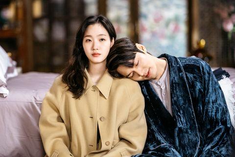 李敏鎬、金高銀主演的《the king:永遠的君主》親脖子超害羞