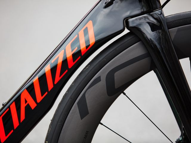 93b0e9200eb Specialized Venge Pro Disc Review - An Aero Road Bike We Love