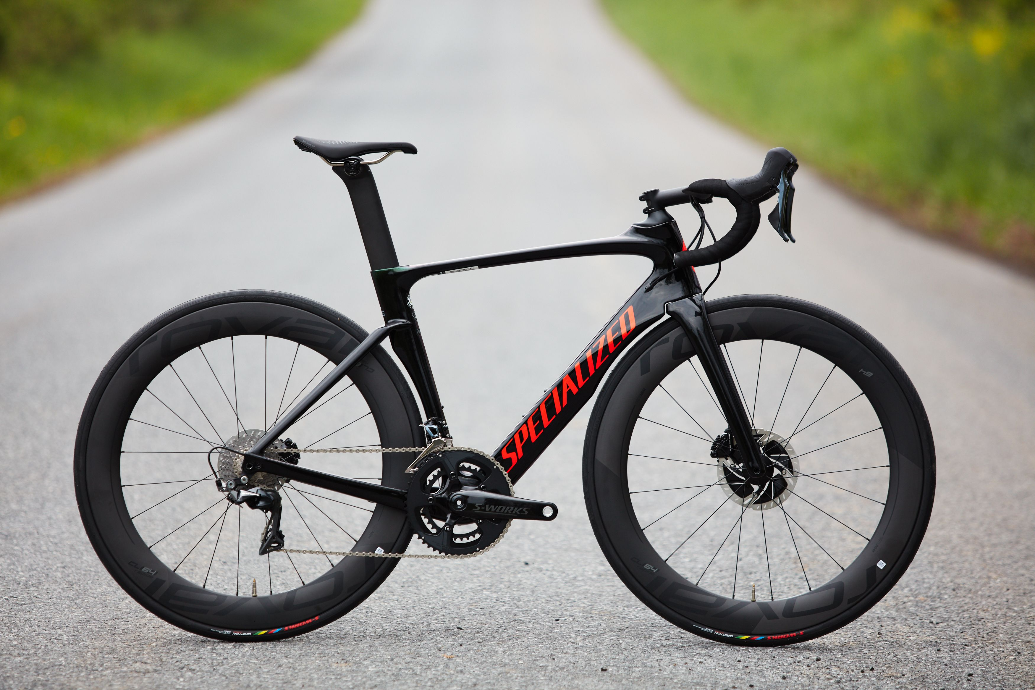 688c2edf164 Specialized Venge Pro Disc Review - An Aero Road Bike We Love