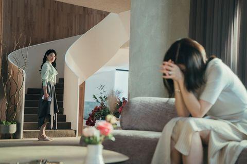 netflix韓劇《我的上流世界》10句扎心台詞:「真正需要心理治療的人都不看醫生,去的都是被他們傷害的人」