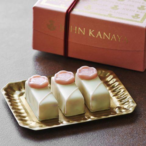 john kanaya ボンボンショコラ 桜 1,700円