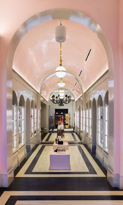 Ceiling, Building, Interior design, Aisle, Architecture, Lobby, Room, Arch, Arcade, Hall,