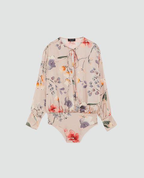 Clothing, White, Sleeve, Outerwear, Blouse, Top, Button, Shirt, Collar, Neck,