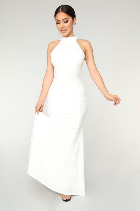 Meghan Markle\'s Second Wedding Dress Gets the Fashion Nova Treatment ...