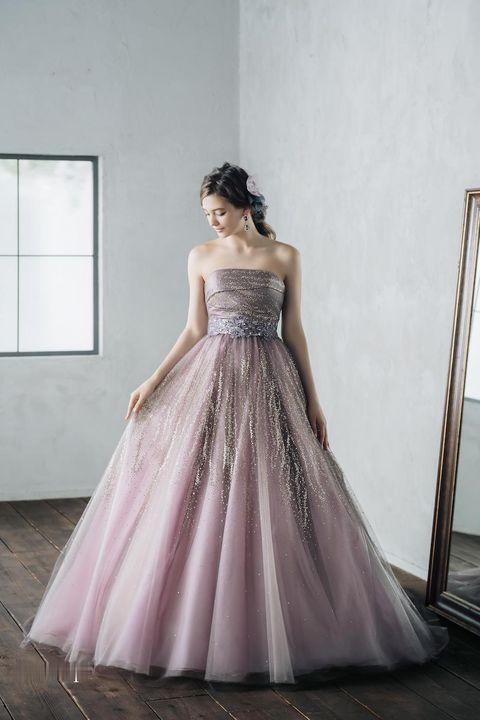 ブライダルハウスtutuのピンクドレス