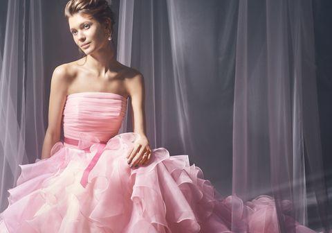 ノバレーゼのベアトップドレス