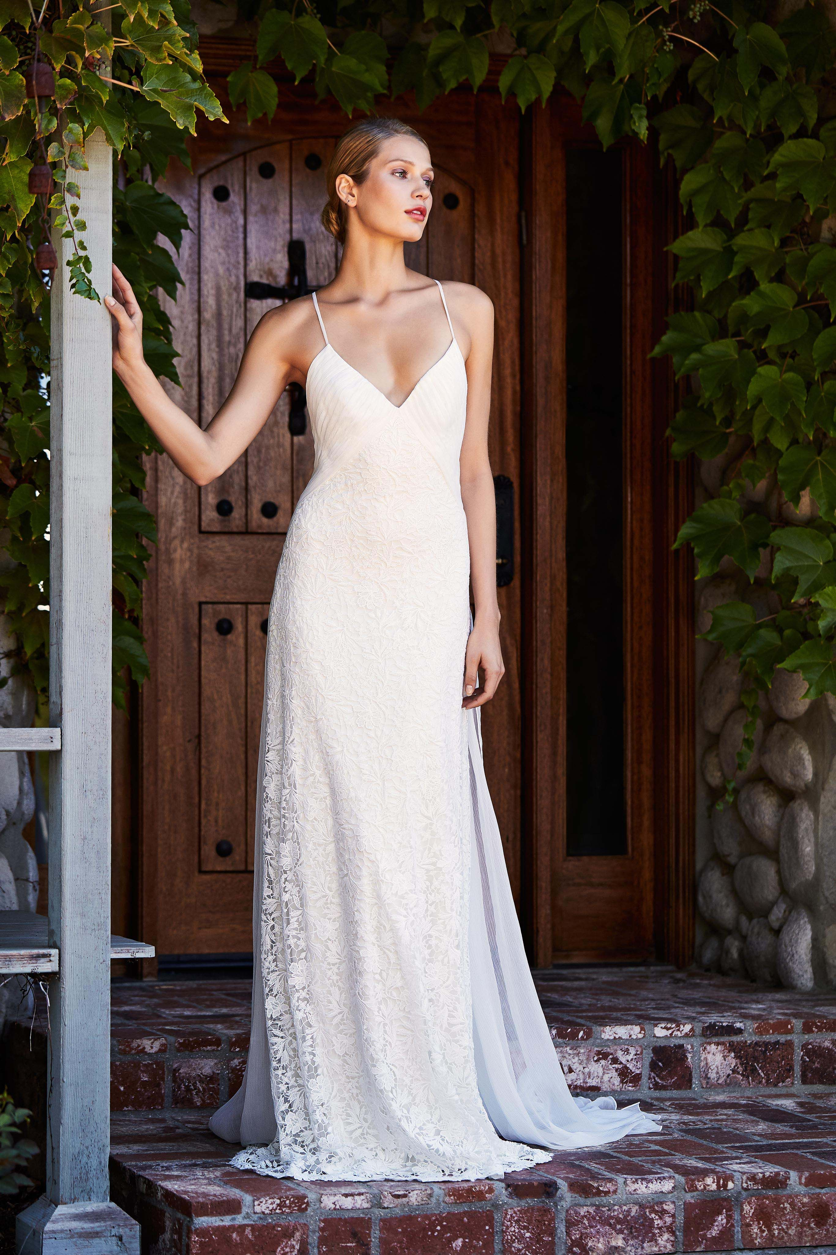 simple wedding dresses,wedding dresses simple,