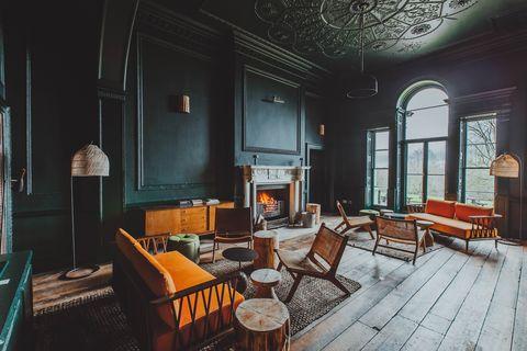birch hotel library