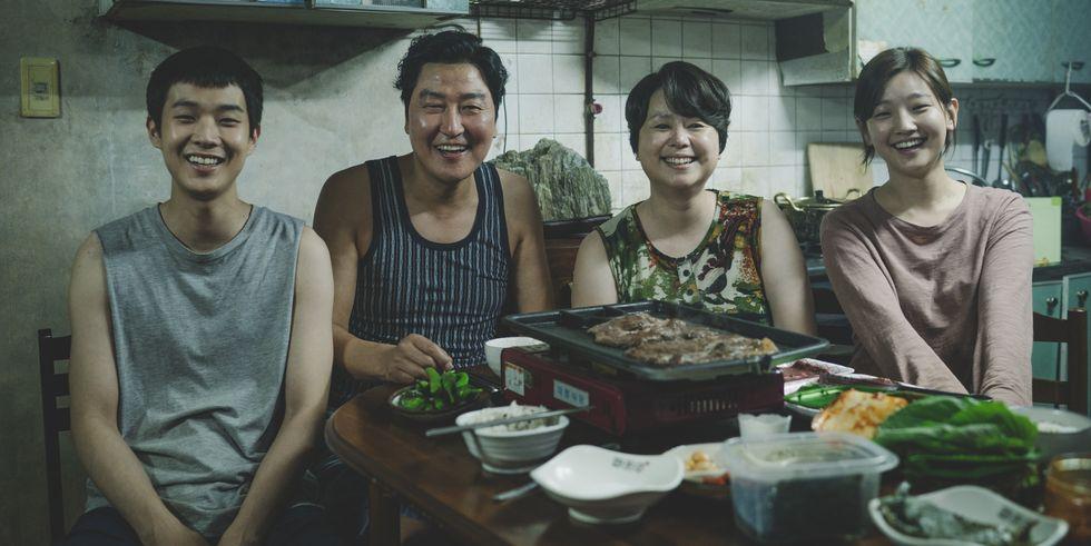 「今年看到最好看的電影!」《寄生上流》台灣上映3天票房逼近千萬 網路好評推爆場場爆滿