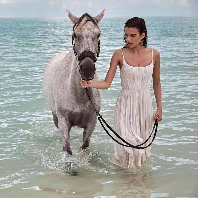 9afe36db244 Beach Wedding Dresses - Bridal Gowns for a Beach Destination Wedding