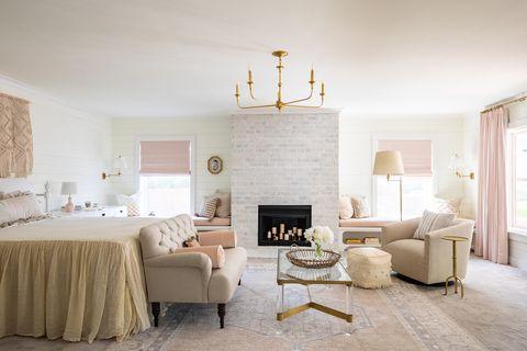 Furniture, Room, Interior design, Living room, Property, Wall, Bedroom, Floor, Yellow, Building,