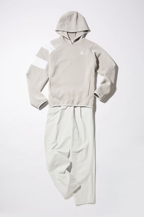 Sleeve, Collar, Standing, Personal protective equipment, Costume design, Workwear, Safety glove, Costume, Fashion design, Pocket,