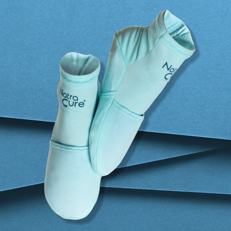 Cold therapy socks may relieve aches and pains in feet
