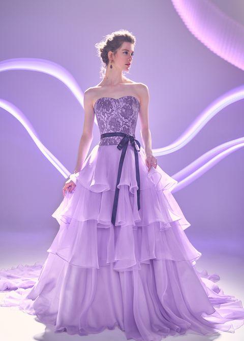 ノバレーゼのレイヤードカラードレス