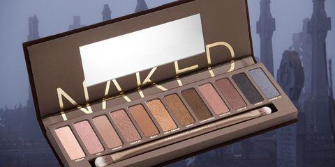 Eye shadow, Eye, Cosmetics, Beauty, Product, Organ, Brown, Human body, Material property, Tints and shades,