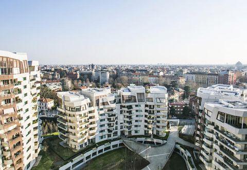 L 39 attico di fedez a milano city life in affitt for Attico libeskind milano