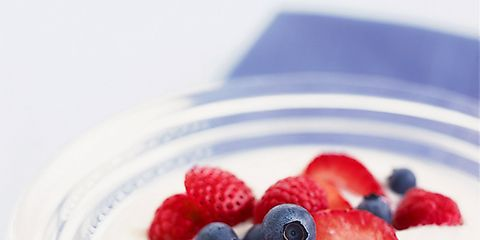0910-yogurt-berries.jpg