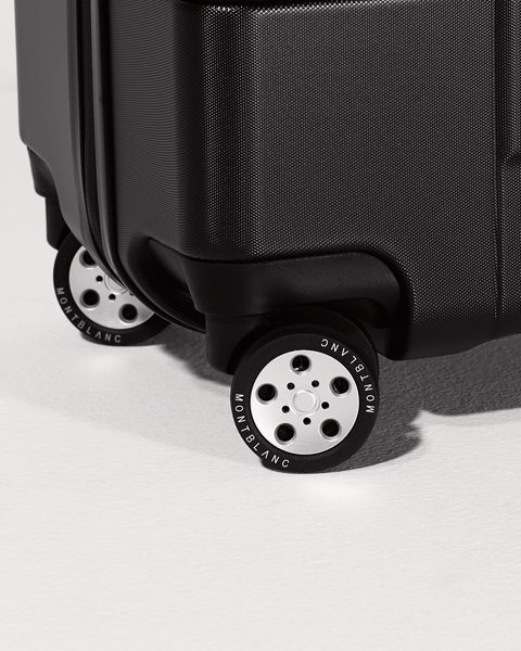 four ball bearing wheels from japan ensure you'll roll along comfortably and quietly