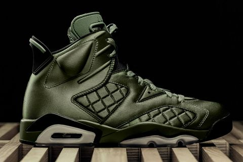 Shoe, Footwear, Black, White, Outdoor shoe, Basketball shoe, Sneakers, Hiking boot, Athletic shoe, Walking shoe,