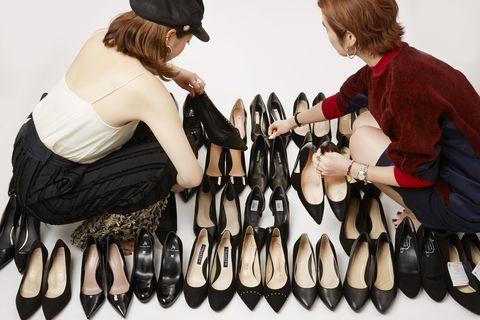 Footwear, Glove, Shoe, Hand, Finger, Fashion accessory,