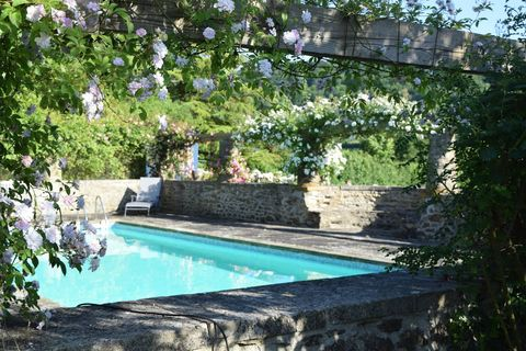 best airbnbs with swimming pools