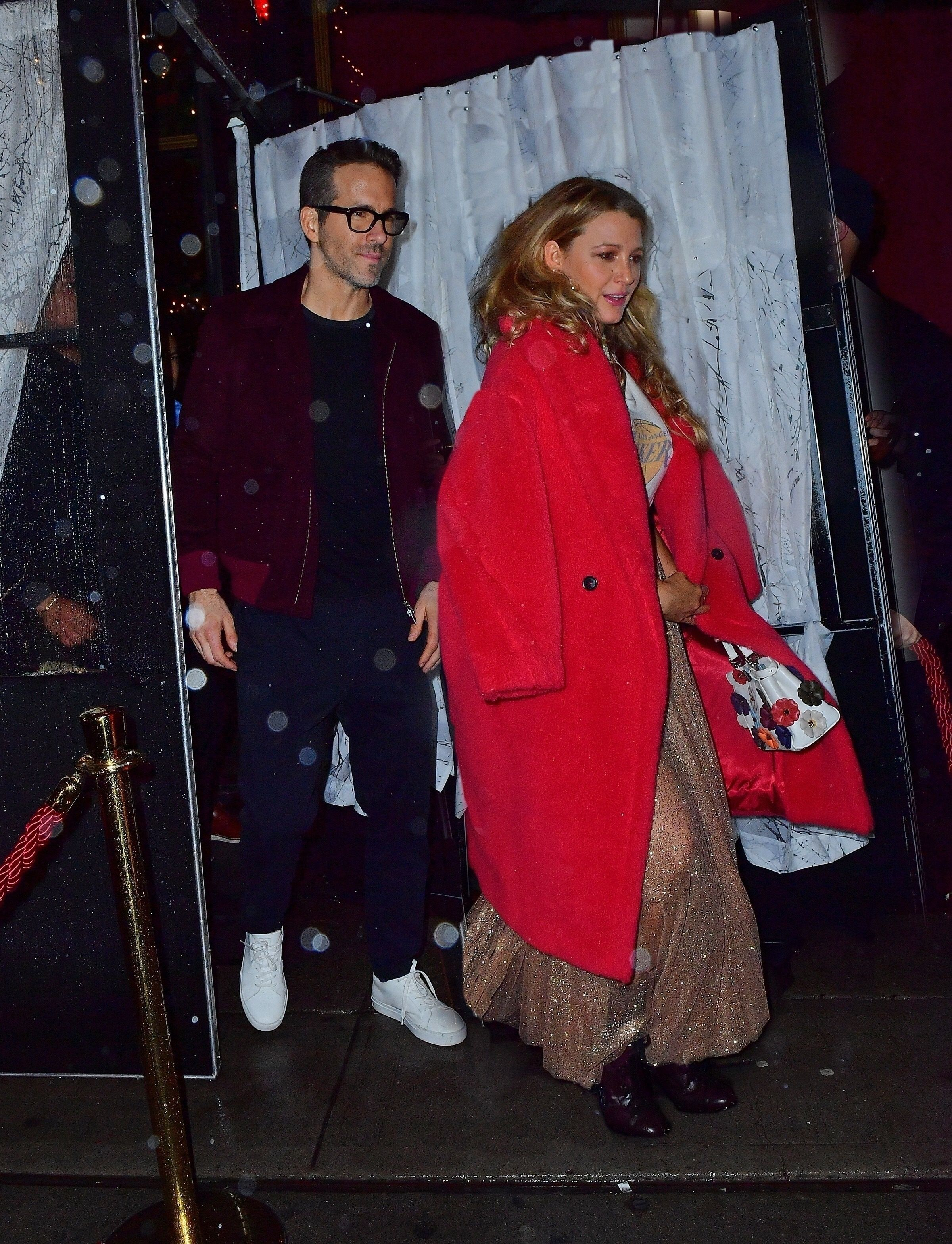 Blake Lively Wore a Festive Glittery Skirt and T-Shirt to Taylor Swift's 30th Birthday Party